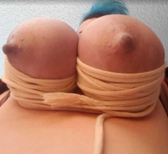bondage titten